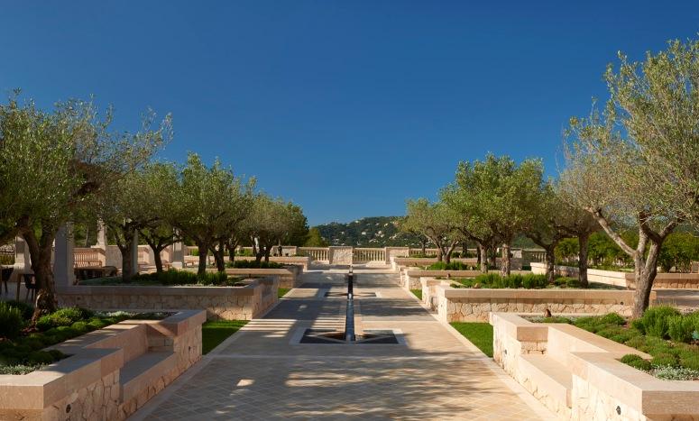 Park-Hyatt-Mallorca-Sunken-Garden.jpg