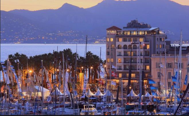 Radisson Blu Cannes, entre ciel etmer